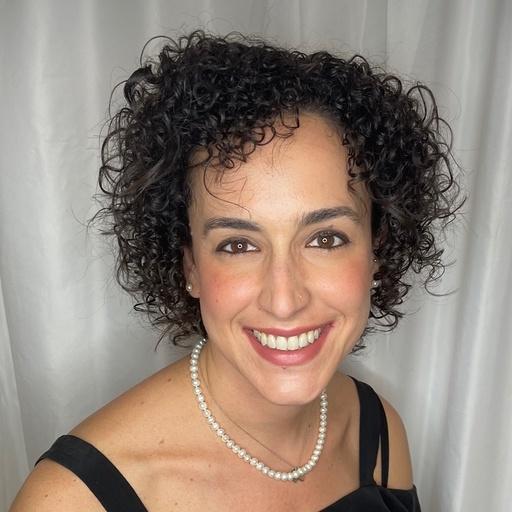 Carolina Lorenzzetti, Sr Marketing Manager at X-Cart